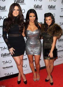 Kourtney, Kim, Kloe Kardashian, Kims 30th birthday