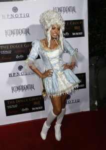 Christina Milian, costume