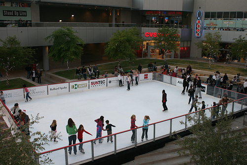 ice skating phoenix