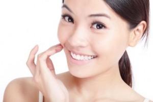hydroquinone, skin lightener